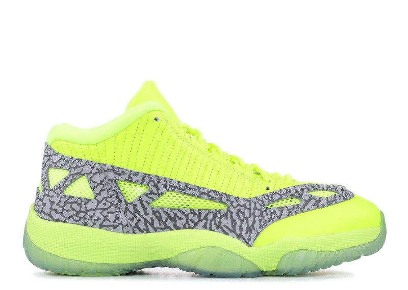 Air Jordan 11 Retro Low IE Volt 919712 700
