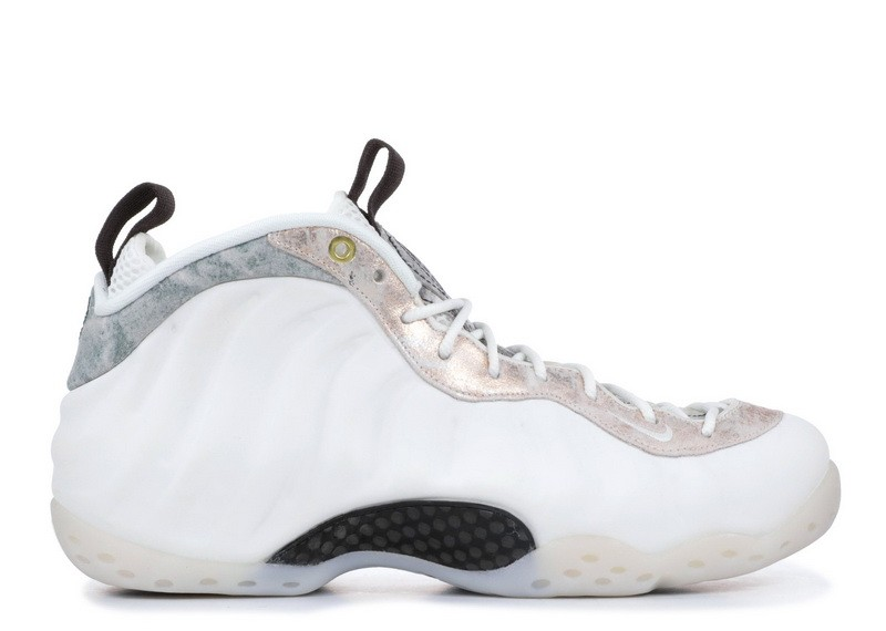 Wmns Air Foamposite One Summit White AA3963 101